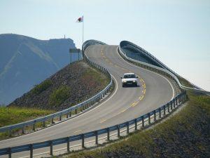 Auto na ceste
